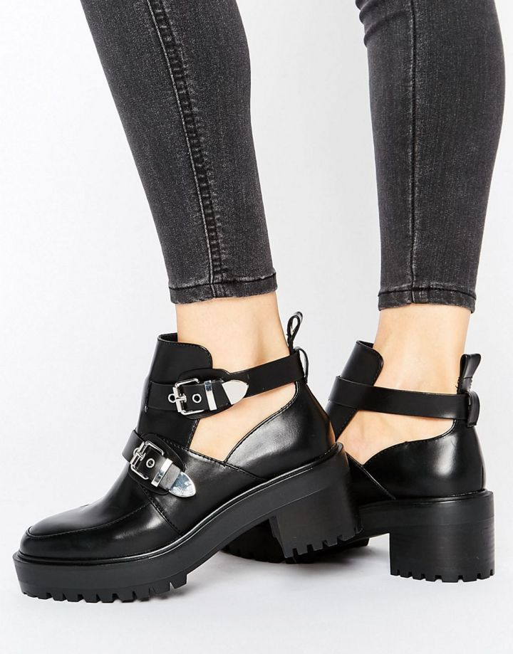 Product photo of Pull&Bear Chunky Buckle Biker Boot
